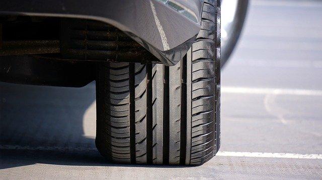 zimní pneumatika na voze