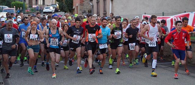 závodníci maratónu
