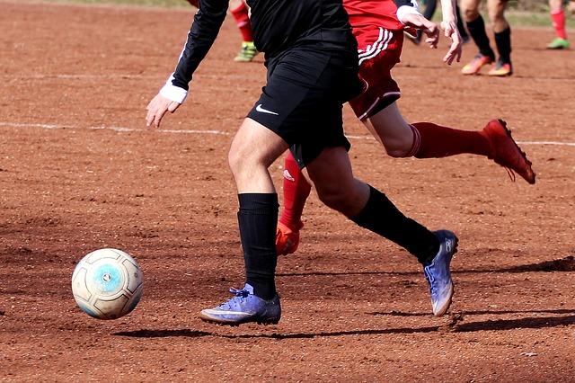 fotbal na hlíně