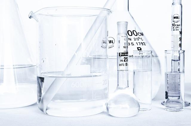 chemické zkumavky