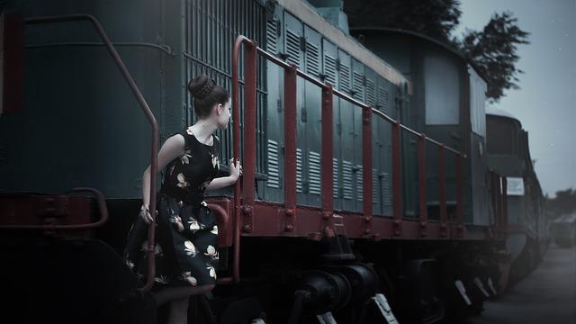 žena na vagonu