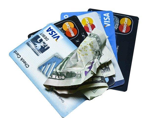 karty a peníze.jpg