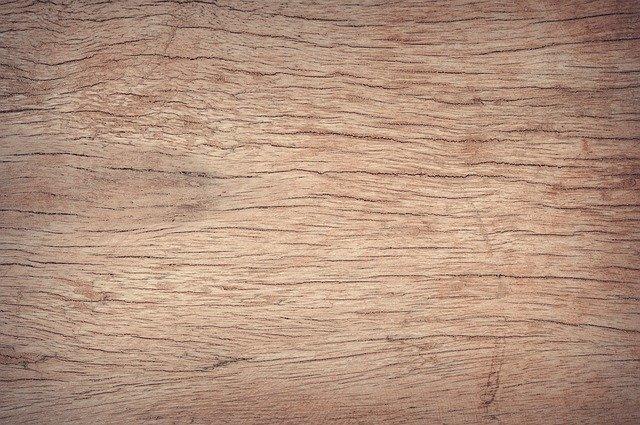 Povrch dřeva